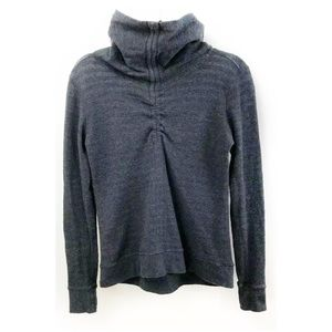 Lululemon in A Cinch Pullover Top Reversible